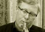Soliste inspiré et brillant, « sideman » ingénieux, le saxophoniste Ralf BAZZANELLA ennoblit chaque projet musical. Au saxophone ténor ou soprano il nous surprend et nous convainc par son jeu tout à la fois sensible et explosif, par son feeling presque « noir ».